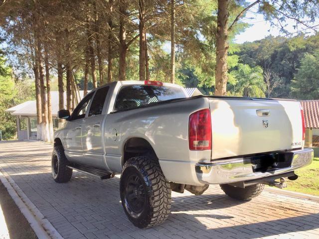 Dodge RAM 2500 4x4 - Foto 4