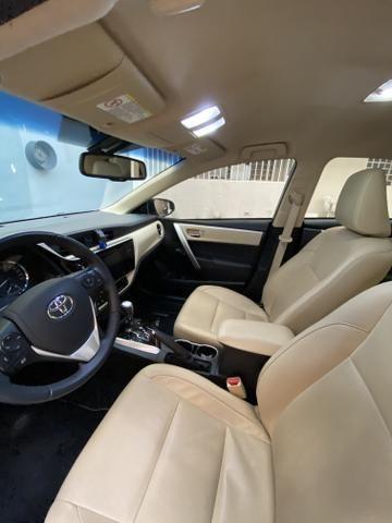 Corolla Altis 2.0 Flex Auto Multi-Drive S Prata 17/18 - Foto 2