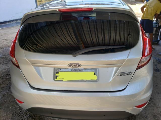 Ford Fiesta 1.6L SE Automático - Foto 2