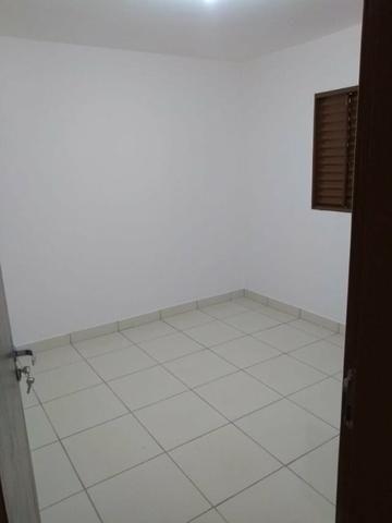 Casa reformada - com 2 quartos no cond. das esmeraldas - Foto 5