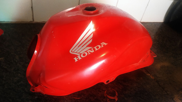 Tanque da  Honda cb 300 - Foto 5