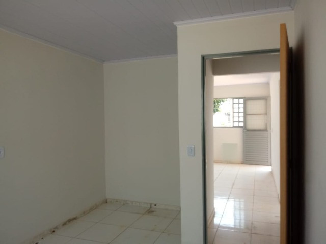 Vendo casa 2 quartos - Foto 2
