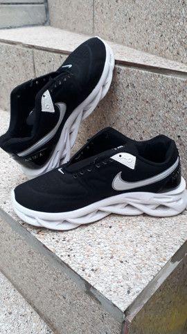 Tênis Nike Usado Air Max Salt - Foto 2
