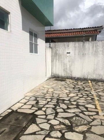 Apartamento com 2 dormitórios para alugar, 68 m² por R$ 1.100,00/mês - Bancários - Foto 9