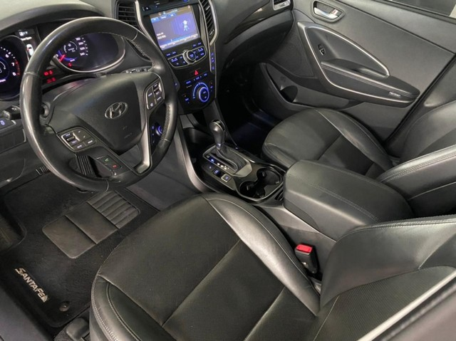 Hyundai Santa Fe 3.3 GLS / 7 LUGARES 4P - Foto 8