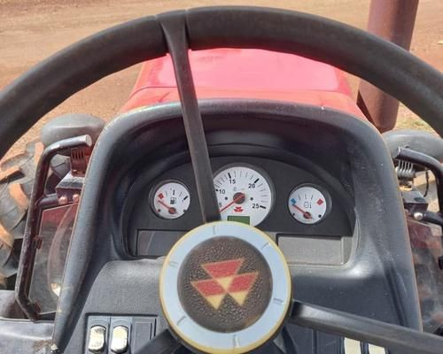 Trator Massey  Ferguson  - Foto 2