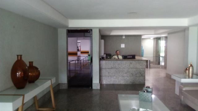 Vendo Excelente Apartamento a Beira Mar em Olinda Próximo ao Shopping Patteo - Foto 4