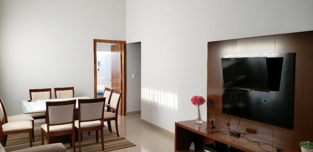 Com 03 quartos bairro Morada dos Deuses Próximo a U C D B - Foto 2