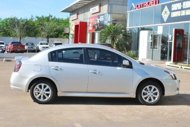 Nissan Sentra 2.0 revisado