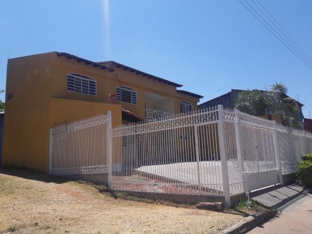 Vendo linda Casa de esquina, um verdadeiro paraíso,casa dos seus sonhos, impecável - Foto 3