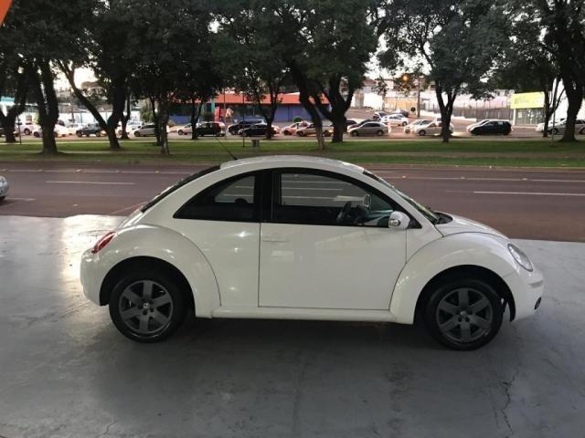 VW - VOLKSWAGEN NEW BEETLE 2.0 MI MEC./AUT. - Foto 2