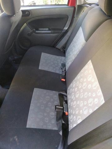 Fiesta Hatch1.6 completo (barbada) abaixo da tabela fipe - Foto 8