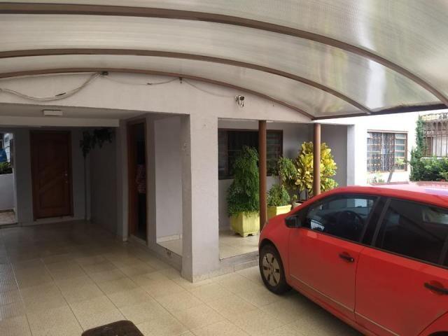 Casa 3 quartos (1 suite), reformada, ótima localização. QND 43