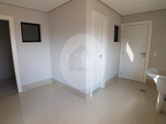 Apartamento duplex com 5 suítes sendo 1 master no Edifício Glam - Bairro Duque de Caxias - Foto 5