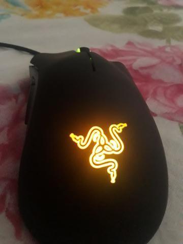 Mouse Deathadder Croma razer