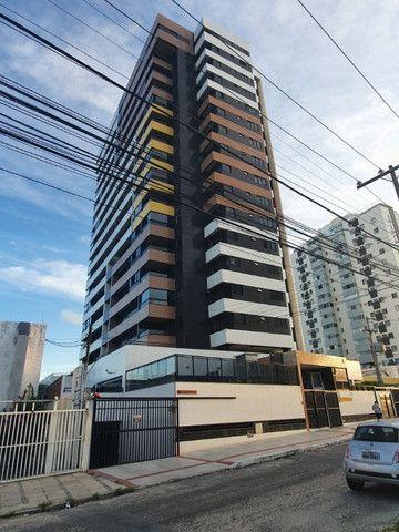 Apartamento no Farol - Foto 2