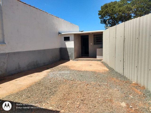 Alugo casa no bairro Nova lima, próximo a tudo e com garagem para 4 carros - Foto 6