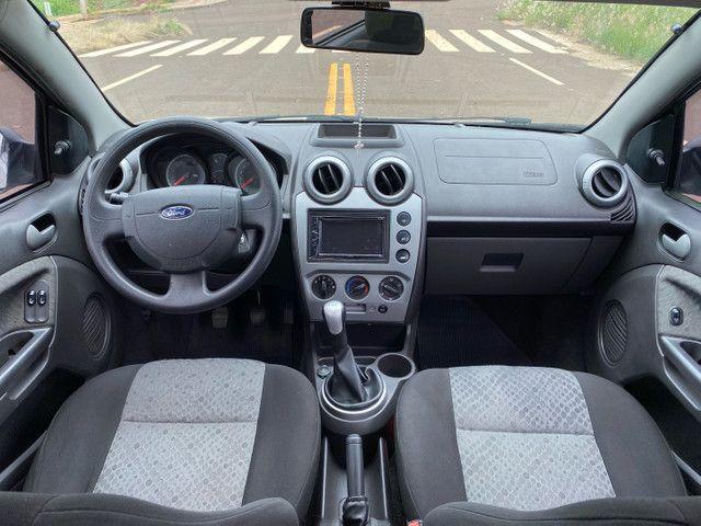 Fiesta 2012 Hatch 1.6 Completo + Multimídia e sensor de Ré - Foto 4