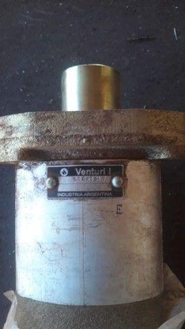 Bomba hidráulica dupla inversa valmet/valtra - Foto 2
