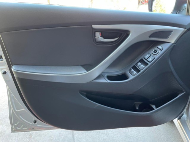 Hyundai Elantra 2.0 flex automatico 40 mil km - Foto 18