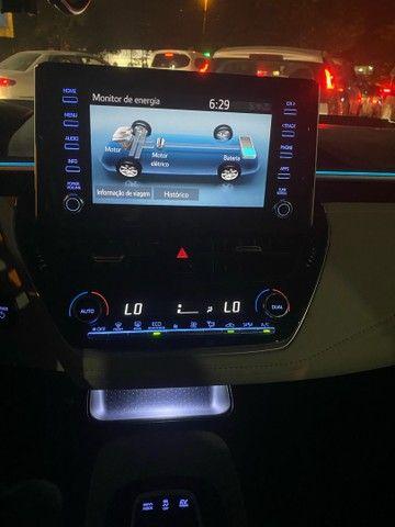 Corolla Altis Híbrido Premium top - Foto 11