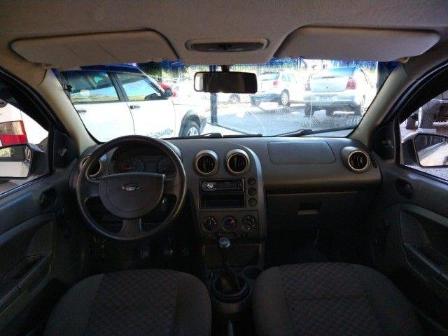 Ford Fiesta Hatch 1.6 2005 - Foto 2
