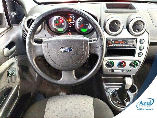 Ford Fiesta 1.6 MPI CLASS HATCH 8V FLEX 4P MANUAL - Foto 4
