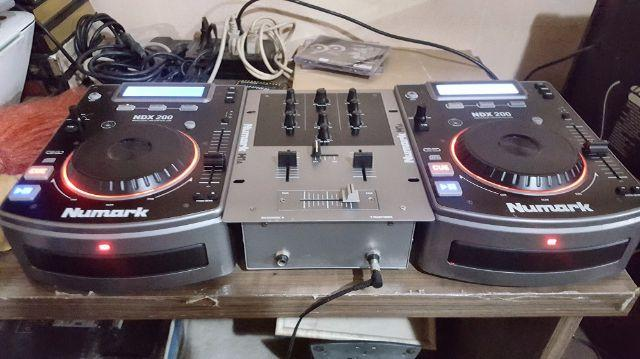 Kit Cdj Numark Ndx 200 Cd Players