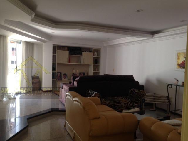 Gigante 4 quartos todo montado em Itapuã
