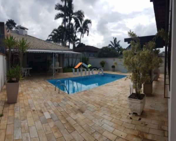Casa à venda com 3 dormitórios em Bucarein, Joinville cod:UN00491
