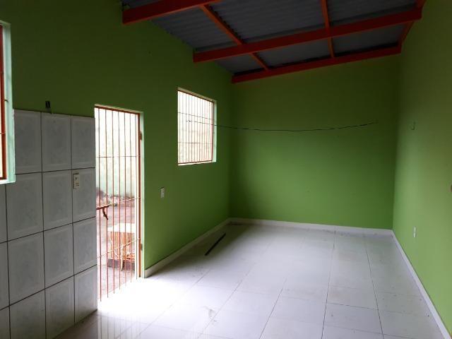 Aluga-se casa no loteamento Santo Afonso, bem localizada e rua asfaltada - Foto 16