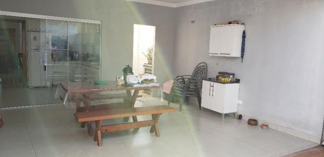 Com 03 quartos bairro Morada dos Deuses Próximo a U C D B - Foto 14