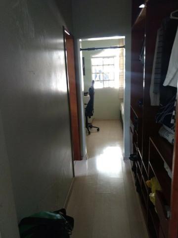 Casa 4 quartos | Piscina e ampla espaço de garagem | R$ 750 mil - Foto 11