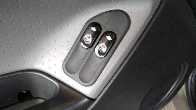 Ford - Fiesta 1.0 Manual - 2009 - Foto 9