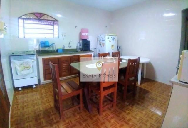 Linda casa linear em 2 terrenos de esquina, Centro/ Rio das Ostras! - Foto 15