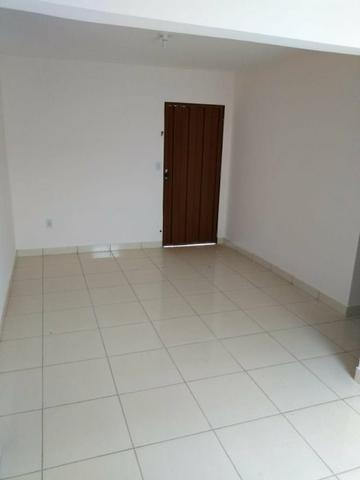 Casa reformada - com 2 quartos no cond. das esmeraldas - Foto 4