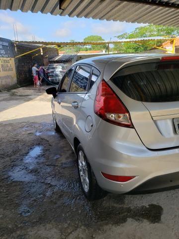 Ford Fiesta 1.6L SE Automático - Foto 15