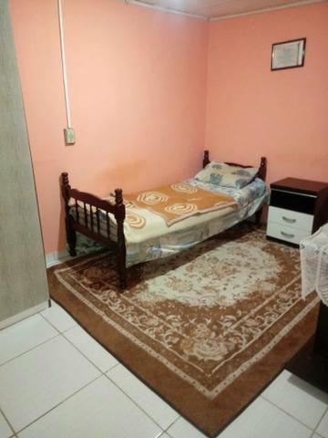 Aluga se quartos individuais para moças ou rapazes