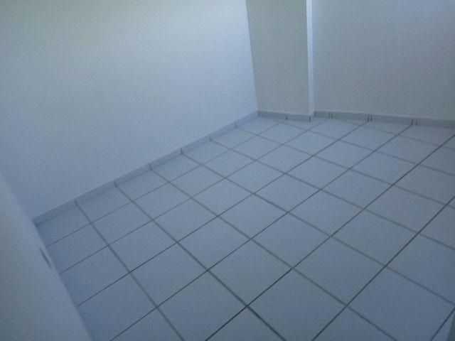 Vendo lindo apartamento no edificio forte da Barra - Foto 15