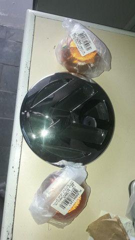 Lanterna e emblema vw delivery