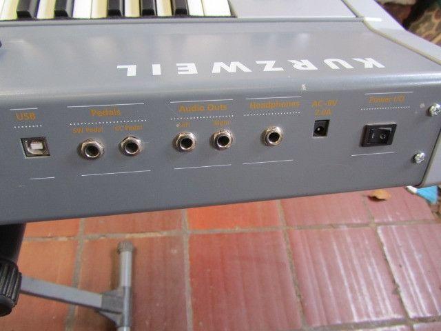 Kurzweil SP-2 parcelo cartão/ML aceito arranjador com ritmos - Foto 6