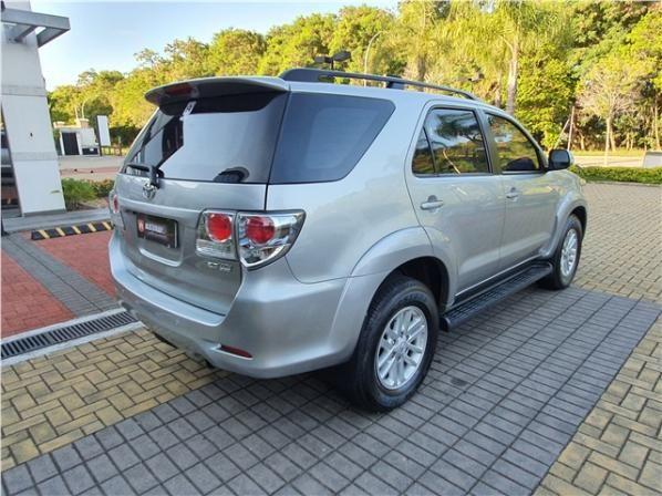 Toyota Hilux sw4 2015 2.7 sr 7 lugares 4x2 16v flex 4p automático - Foto 6