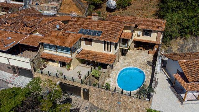 Casa duplex, 5 quartos, suites, pomar, jd. inverno, espaço gourmet, piscina