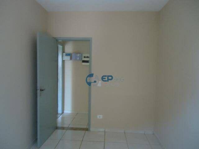 Sobrado com piscina à venda, 180 m² por R$ 380.000 - Santos Dumont - Londrina/PR - Foto 18