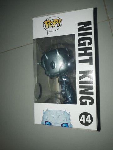 Funko pop night King 44 exclusivo  - Foto 6