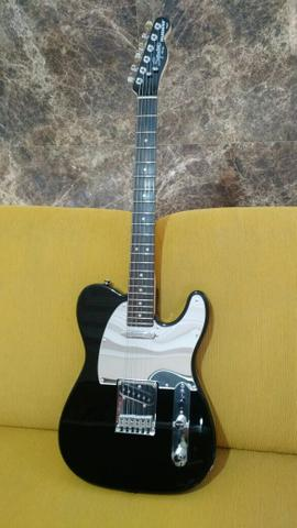 Telecaster standard squier by:fender black And chrome