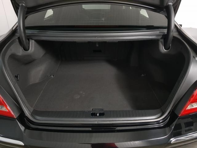 Hyundai EQUUS 4.6 V8 32V 366cv 4p Aut. - Preto - 2012 - Foto 17