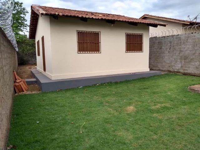 Casa reformada - com 2 quartos no cond. das esmeraldas - Foto 2
