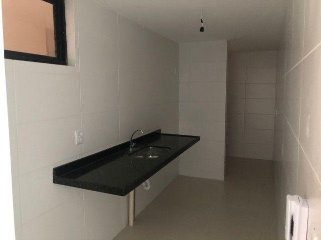 Apartamento com 2 Quartos no Bessa com Área de Lazer Completa - Andar Alto - Foto 6