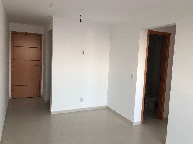 Apartamento com 2 Quartos no Bessa com Área de Lazer Completa - Andar Alto - Foto 5